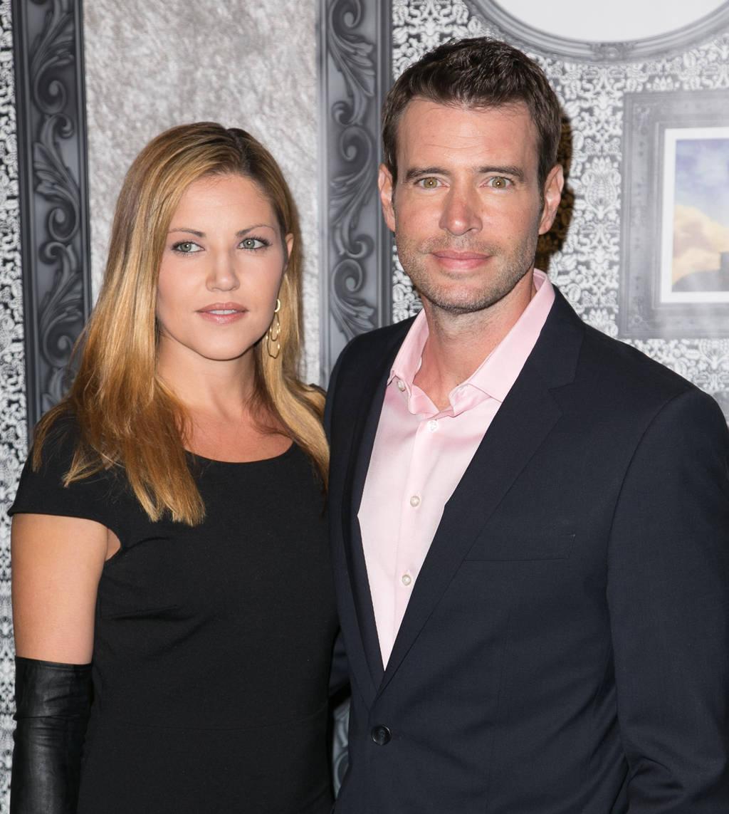 Scott Foley and Marika Dominczyk